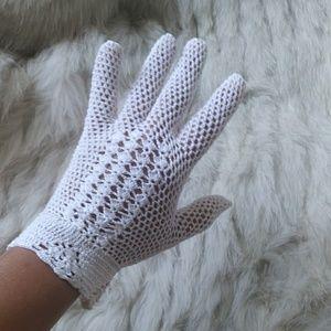 Vintage crochet gloves
